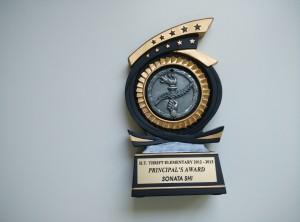 Principal's Award/7年级毕业校长奖